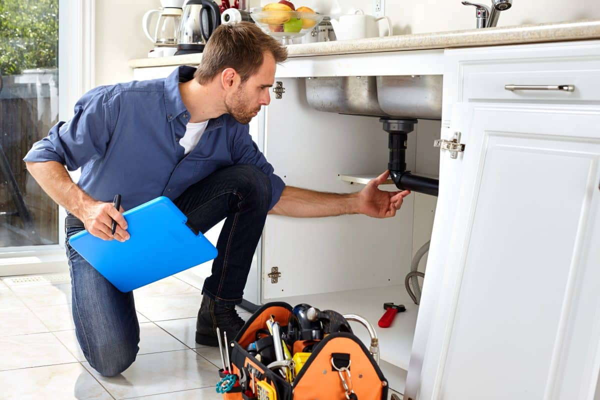 Keep pesky items off the home inspection report by fixing them ahead of time.